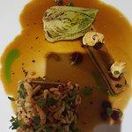 Filet mignon de Veau à la cendre de romarin, terrine de légumes d'hiver à la truffe, Bok-choi &