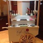 Cafe Paris - coffee, treats and desserts