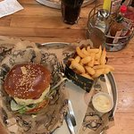 Photo de Manhattn's Burgers Beurs