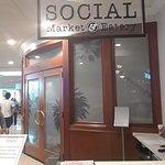 ภาพถ่ายของ Social Market & Eatery