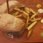 Foto de Chakruna Native Burgers