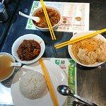 牛记咖喱美食照片