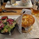 Photo de Be Burger Place Lux