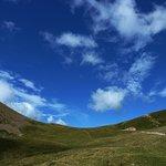 Passo del Camisolo davanti al Rifugio Grassi (2020mt.) in Valtorta