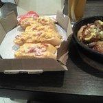 ภาพถ่ายของ Pizza Hut Summarecon Mal Bekasi