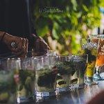 Bar à cocktails sur la plage