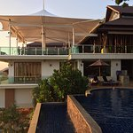 Victoria Cliff Hotel & Resort Photo