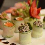 Consideramos a Culinária Oriental uma arte! É por isso que usamos somente os melhores ingredientes e temos o capricho em preparar os pratos para nossos clientes!