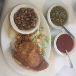 Photo de Mary's & Tito's Cafe