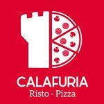 Viziati con Calafuria e delizia il tuo palato con i piatti tipici della cucina italiana, preparati e serviti dal nostro staff multiculturale.