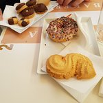 Assortiment de sablés + donut faits maison