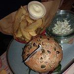 Great Thompson burger en frietjes