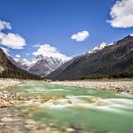 YUMTHANG VALLEY WITH COLD WATER ND SOME ICY