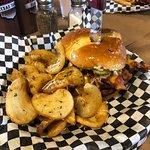 ภาพถ่ายของ Slo' Bones BBQ Smokehaus