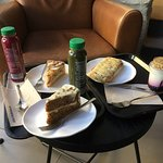 Fotografia de Starbucks Mouzinho da Silveira 196