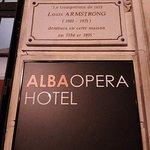 Vertigo a été tourné dans cet hôtel. Bien situé pour une nuit après spectacle Casino de Paris  par exemple...