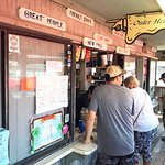 Bilde fra New Pass Grill and Bait Shop