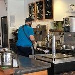 Фотография Sip Brew Bar & Eatery