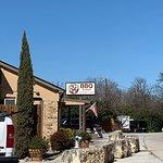 ภาพถ่ายของ Feedstore BBQ & More