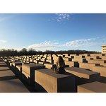 Memoriale dell'Olocausto (Memoriale per gli ebrei assassinati d'Europa) Photo