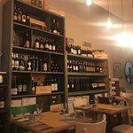 Foto di vino & basilico