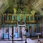 正教の教会が移築されていた。イコノスタシスが天井にまで達するタイプ。