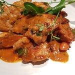 Blanquette de ris de veau (servi à la louche) et homard (quasi introuvable). Un menu de cantine (à 55 euros !)
