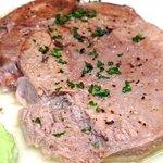 [煮込] 厚切り茹で牛タンの柔らか煮込み
