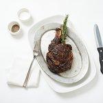 صورة فوتوغرافية لـ Black & Blue Steak & Crab