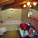 Bathroom Gauguin