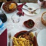 Carne de porco à Alentejana (sem amêijoas) com batata frita e migas