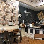 Zdjęcie Bradshaw's Coffee Shop