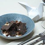 Uovo di Montagna, funghi conservati e tartufo Nero Pregiato