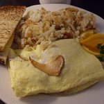 Chantelle mushroom omelet with hash browns and toast