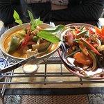 Roter Chicken Curry und Rindfleisch süss/sauer
