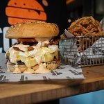 Smashburger & beer battered onion rings