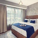 Artezen Hotel Photo