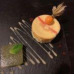 Petit gâteau au fromage et sa gelée au concombre