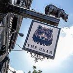 ภาพถ่ายของ The Bear