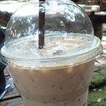 Photo de Clay Studio Coffee In The Garden