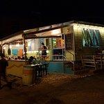 Foto de Shakers Bar & Grill