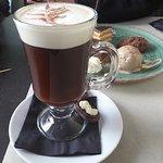 Irish coffee & assortiment van desserts