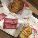 Pollo crujiente con patatas