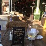 Foto de City Cellar Wine Bar & Grill