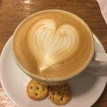 ภาพถ่ายของ ร้านกาแฟ ไลบรารี่