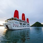 2-Day Halong Bay Syrena Cruise- Included Round Trip Shuttle Bus