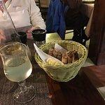 Photo de The Plum Tree Bar & Restaurant