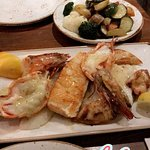 Fischplatte mit Gemüse (&gemischten Salat)