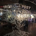 صورة فوتوغرافية لـ Iron Oak Post