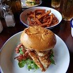 Otto's Burger Lange Reihe Foto